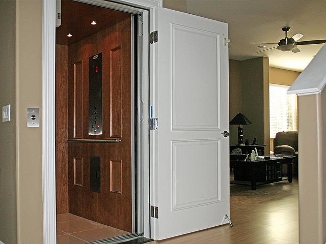 Home elevators wa residential elevator company for Home elevators direct
